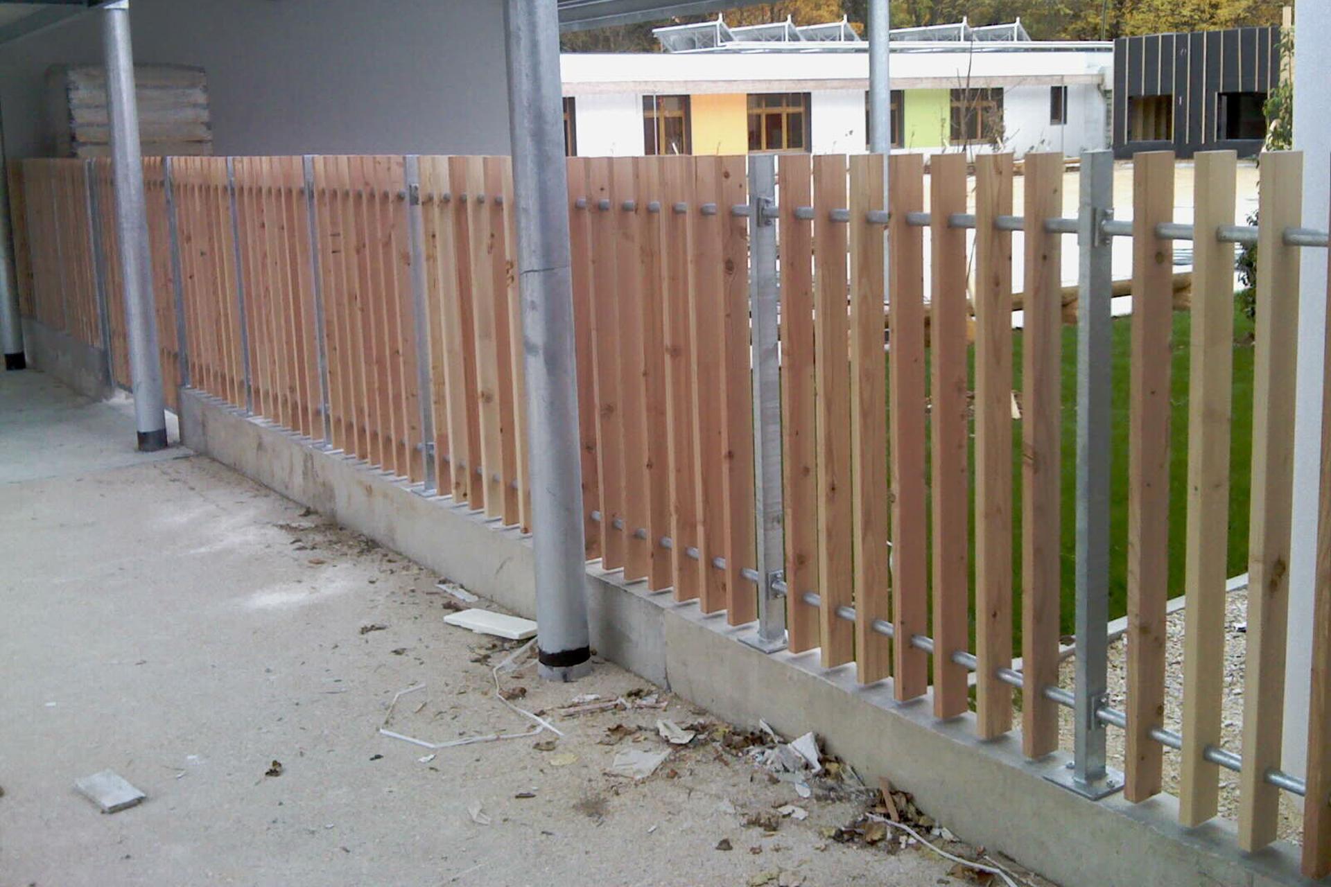 Bâtiment - Clôture bois galva
