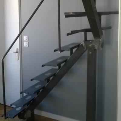 Escalier - Tout métallique